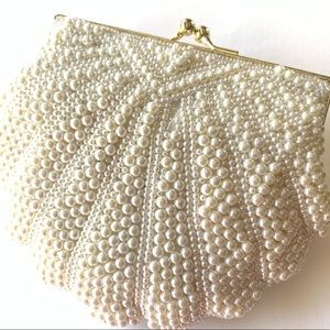 Regale NEW yet Vintage Beaded White Evening Bag